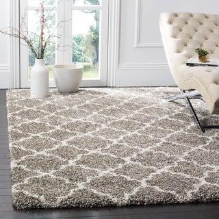 Safavieh Quatrefoil Hudson Grey/ Ivory Shag Rug (7' Square)