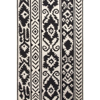 Flat Weave Tribal Pattern White/ Black Wool Area Rug (8' x 10')