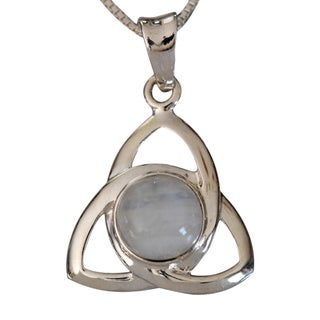 Sterling Silver Round Moonstone Celtic Design Necklace (Thailand)