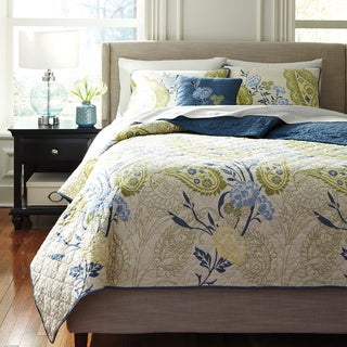 Signature Design by Ashley 3-piece Teal Pailsette Quilt Comforter Set