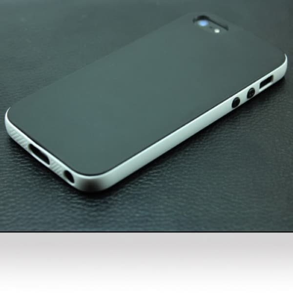 INSTEN Black/ White TPU Rubber Candy Skin Phone Case Cover For Apple iPhone 5/ 5S
