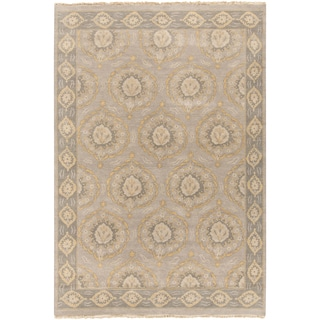 Hand-Knotted Jamarion Floral Wool Rug (9' x 12')