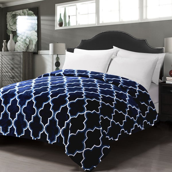 Collins Collection Queen Size Ultra-soft Flannel Blanket