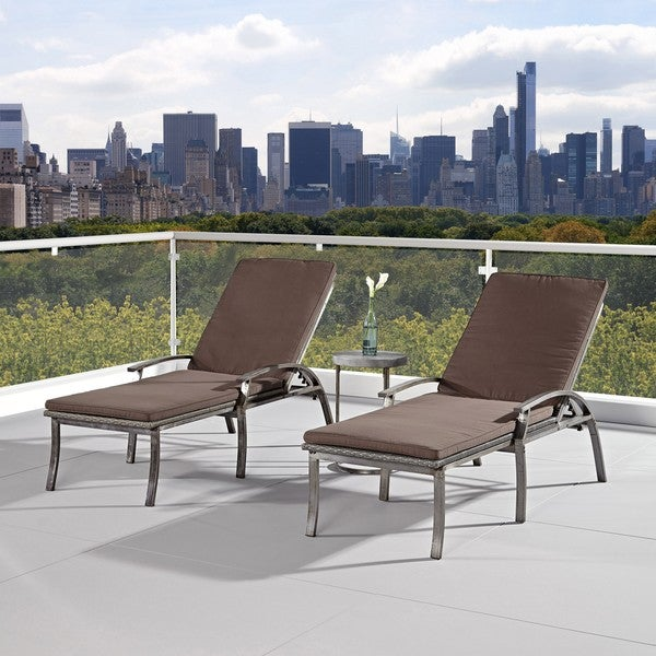 Urban Outdoor Chaise Lounge Chairs/ Accent Table