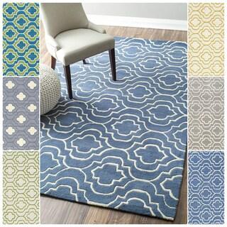 nuLOOM Handmade Geometric Trellis Wool Rug (5' x 8')
