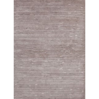 Hand-Knotted Geometric Pattern Grey/Ivory (5.6x8.6) - J248 Area Rug