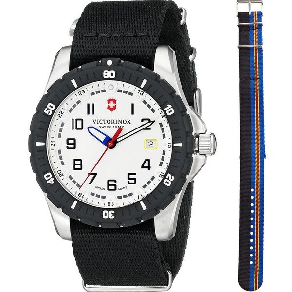 Victorinox Swiss Army Men's 241676.1 'Maverick Sport' Extra Strap Black Nylon Watch