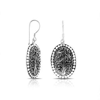 Handmade Bali Sterling Silver Dot Detail Scrollwork Oval Dangle Earrings (Indonesia)