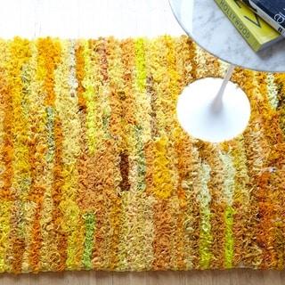 Hand-woven Payton Ruffled Shag Rug (2'3 x 3'9)