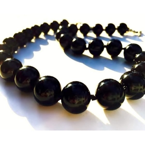 Madame Earth Black Onyx Semi Precious Gemstone Necklace and Earrings Set