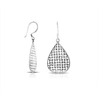 Handmade Bali Sterling Silver Textured Teardrop Dangle Earrings (Indonesia)
