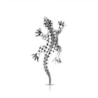 Handmade .925 Sterling Silver Bali Dot Detailed Salamander Pendant (Indonesia)
