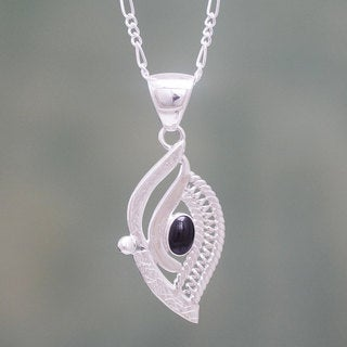 Sterling Silver 'Night Leaf' Obsidian Necklace (Peru)
