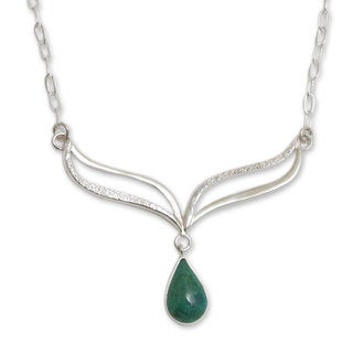 Handcrafted Sterling Silver 'Forest Dew' Chrysocolla Necklace (Peru)