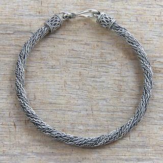 Men's Sterling Silver 'Wyvern Mystique' Bracelet (Indonesia)
