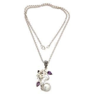 Silver 'Bali Garden' Pearl Amethyst Necklace (13.5mm) (Indonesia)