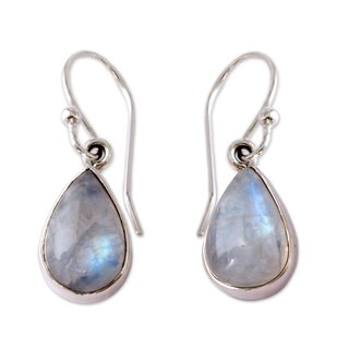 Handmade Sterling Silver Luminous Light Moonstone Dangling Earrings (India)