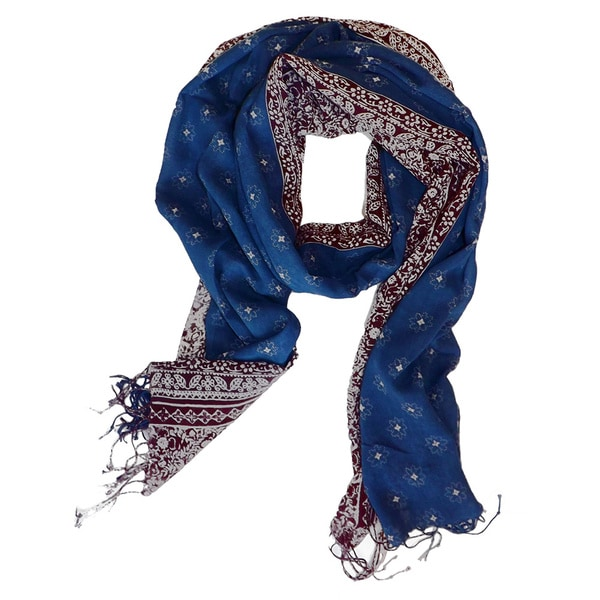 Classic Vintage All-Over Flower Print Scarf