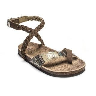 Muk Luks Women's 'Zara' Brown Braided Strappy Sandals
