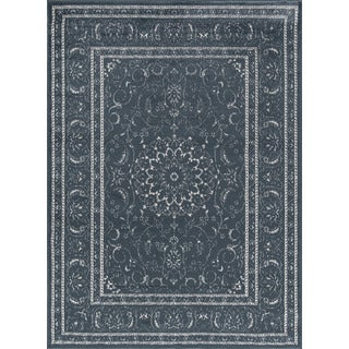 Traditional Oriental Medallion Design Area Rug (7'10 x 9'10)