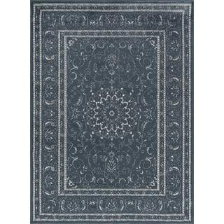 Traditional Oriental Medallion Design Area Rug (5'3 x 7'3)