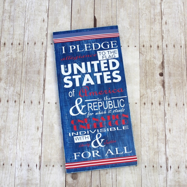 Patriotic Pledge Board Decorative Accessory