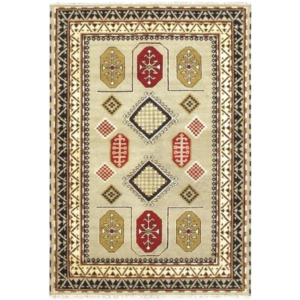 Royal Kazak Pale Dull Sprin Wool Geometric Rectangular Rug (6'8 x 9'10)