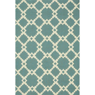 Hand-hooked Indoor/ Outdoor Capri Turquoise Diamond Rug (7'6 x 9'6)