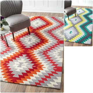 nuLOOM Handmade Southwestern Ikat Wool Rug (8'6 x 11'6)