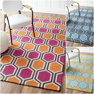 nuLOOM Handmade Hexagon Modern Rug (7'6 x 9'6)