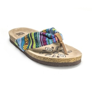 Muk Luks Women's 'Willow' Green Sandals