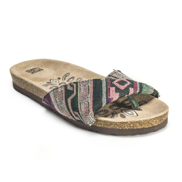 Muk Luks Women's 'Lucy' Mint Folded Strap Sandals