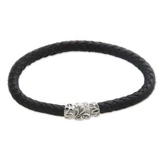 Men's Handcrafted Leather 'Aesthetics' Braided Bracelet (Indonesia)