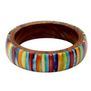 Handcrafted Sheesham Wood 'Rainbows' Bone Bracelet (India)