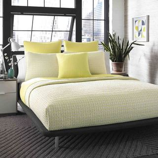 City Scene Optical Geo Lemon Cotton Reversible 3-piece Quilt Set