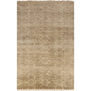Hand-Knotted Sylvia Floral New Zealand Wool Rug (5'6 x 8'6)
