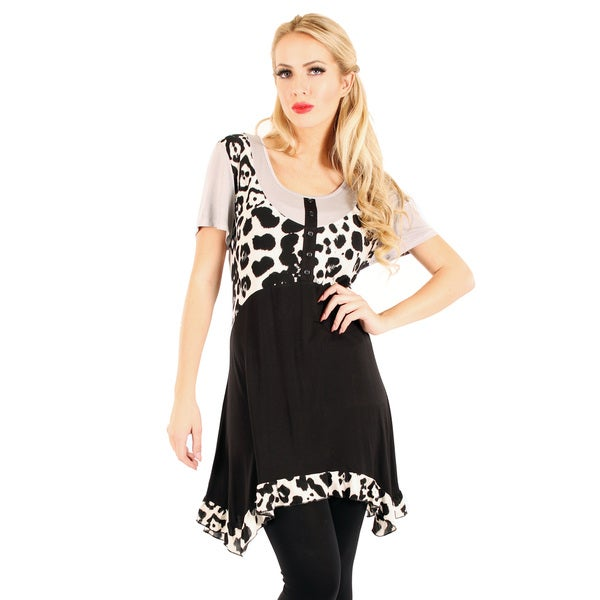 Firmiana Women's Black and White Long-line Animal Print Tunic