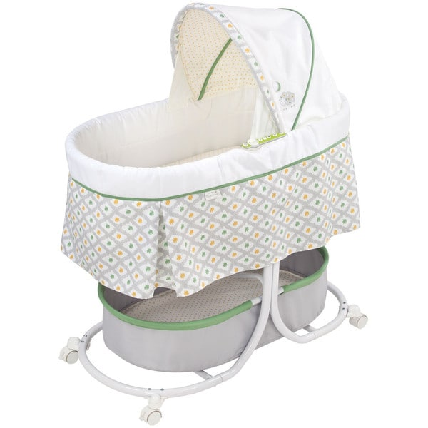 Summer Infant Soothe and Sleep Bassinet with Motion in Sweet Lamb