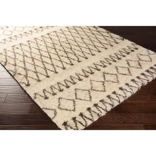 Hand-Woven Kira Geometric New Zealand Wool Rug (2' x 3')