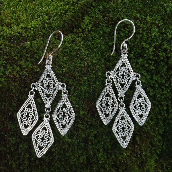 Handcrafted Sterling Silver 'Diamonds in Lace' Earrings (Indonesia)