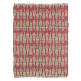 Handmade Natural Fiber Cayon Pink Rug (5'0 x 7'9)