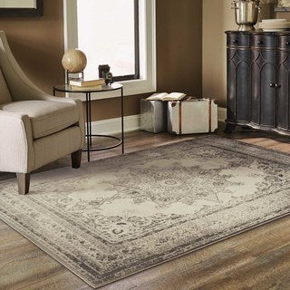 Faded Heriz Ivory/ Grey Area Rug (5'3 x 7'6)