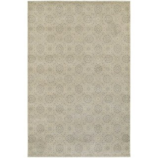 Oriental Beige/ Ivory Floral Area Rug (6'7 x 9'6)