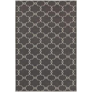 Geometric Trellis Grey/ Ivory Rug (5'3 x 7'6)