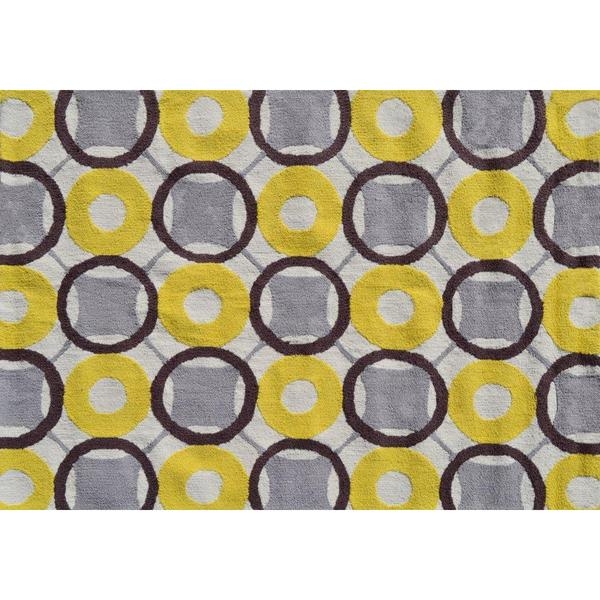 Rounders Yellow Area Rug (5' x 7')
