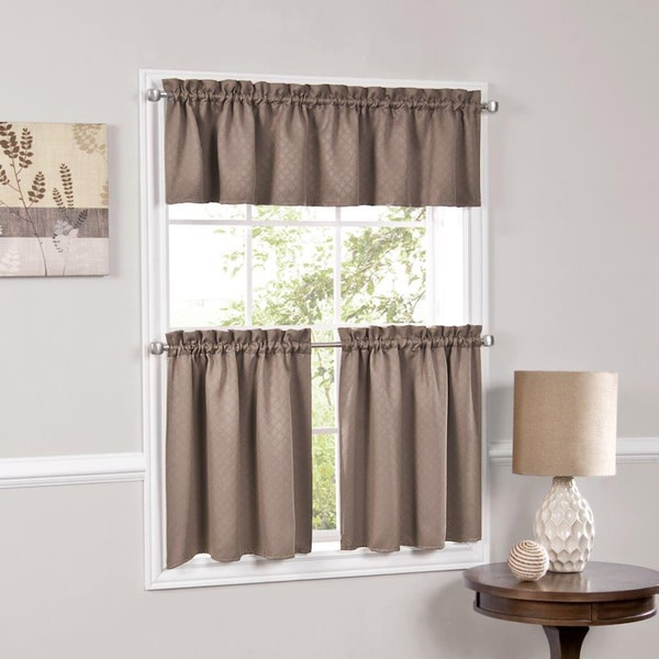 Facets Blackout Insulated Kitchen Curtains in Assorted Colors and Sizes