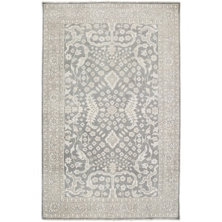 Hand-Knotted Whitford Floral Wool Rug (5'6 x 8'6)