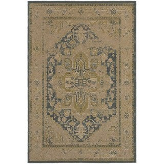 Antiqued Persian Tan/ Blue Rug (6'7 x 9'6)