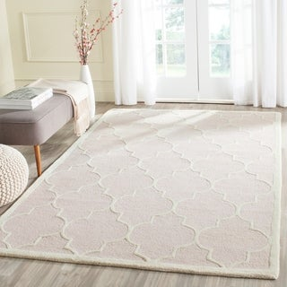 Safavieh Hand-Tufted Cambridge Light Pink/ Ivory Wool Rug (10' x 14')