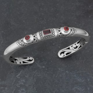 Sterling Silver Garnet 'Imagine' Cuff Bracelet (Indonesia)